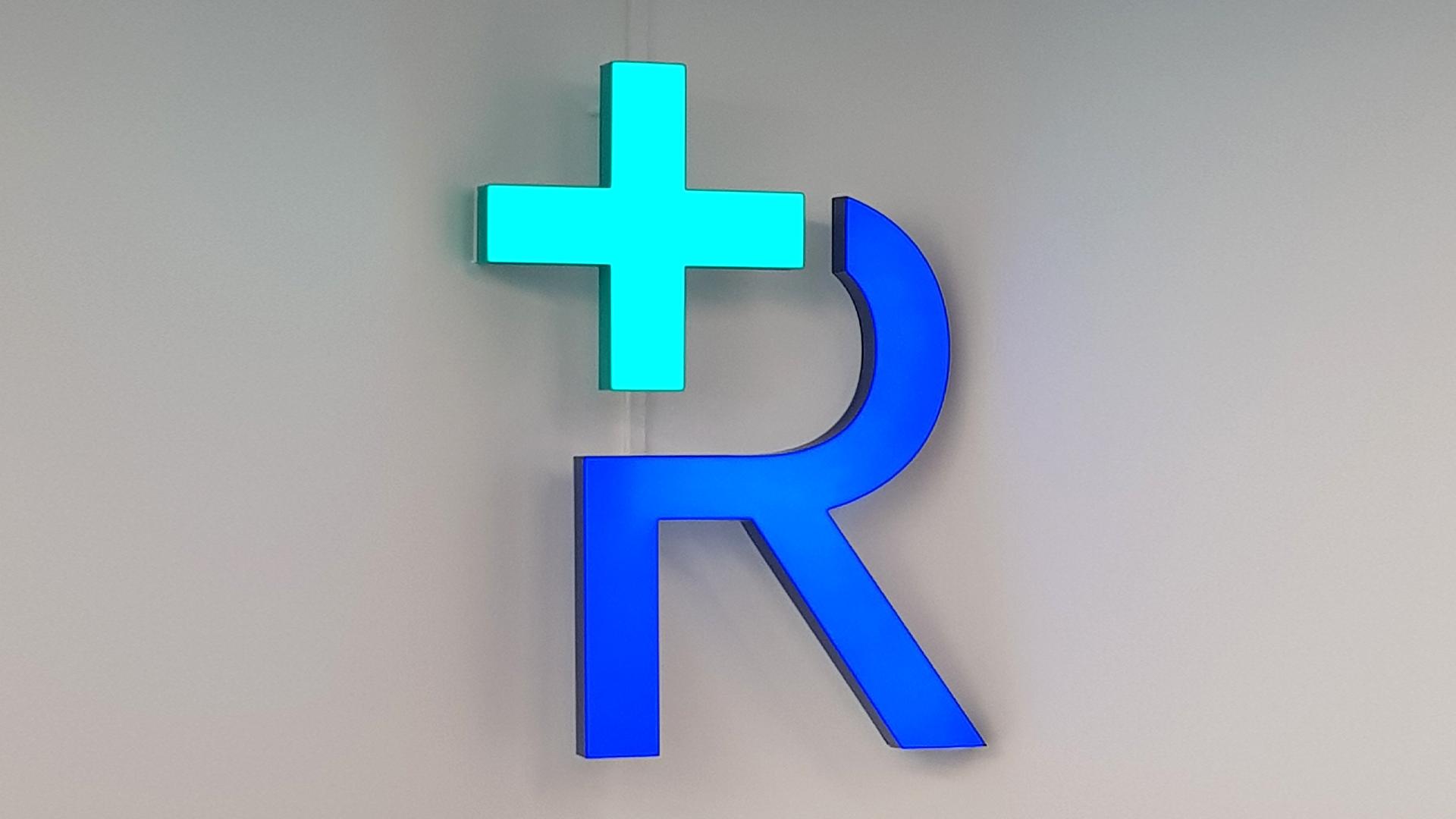 Enseigne de pharmacie r+