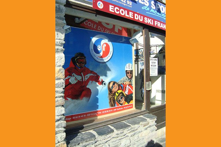 Devanture École du Ski Français