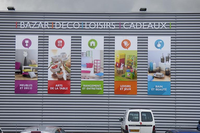 panneau informatifs pour façade commerciale